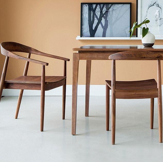 Mesas & cadeiras