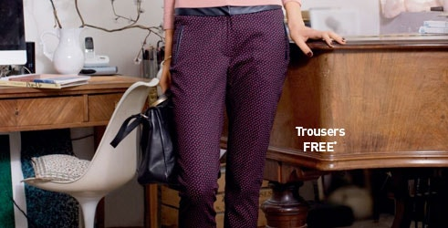 Bold Printed Slim Fit Cotton Trousers